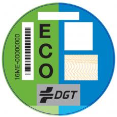 Nuevos adhesivos de la DGT para vehículos en función de sus emisiones
